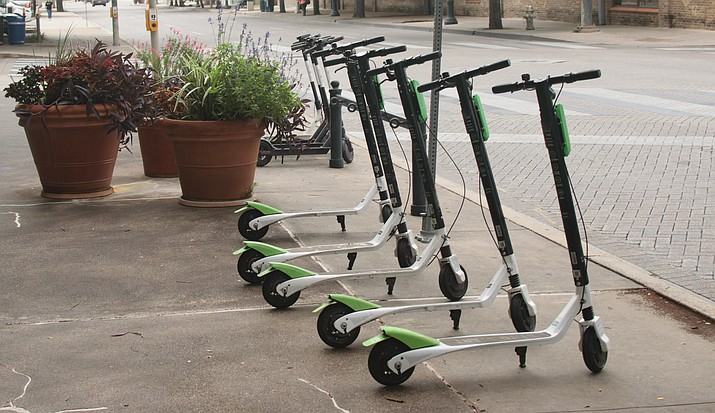 Electric Scooters Require Pedals in Arizona